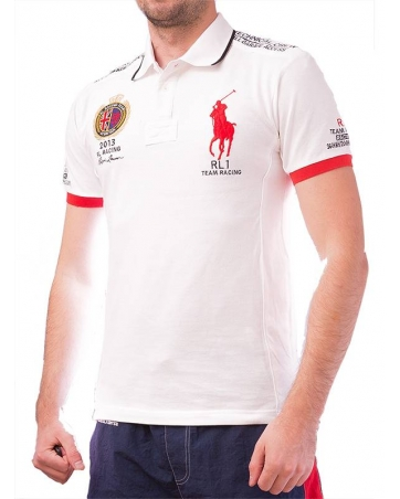 Красивая мужская футболка поло