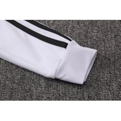 Детские тренировочные костюмы капюшоном ювентус белый