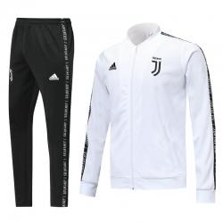 Парадные спортивные костюмы ювентус белый