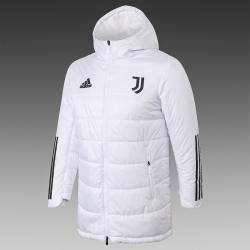 Утепленные куртки Ювентус белая 2021